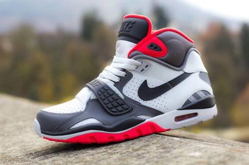 Nike Air Trainer SC II Pure Platinum Dark Grey Crimson - Sneak Peek ... 690353bb1059