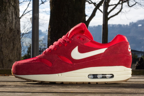 nike-sportswear-air-max-1-essentials-2014-spring-summer-1