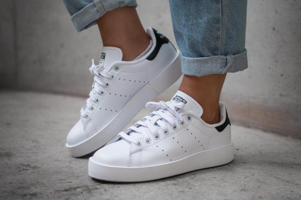 premium selection b65c5 46e19 adidas Originals' Stan Smith Gets a Lift With Platform Shoe ...
