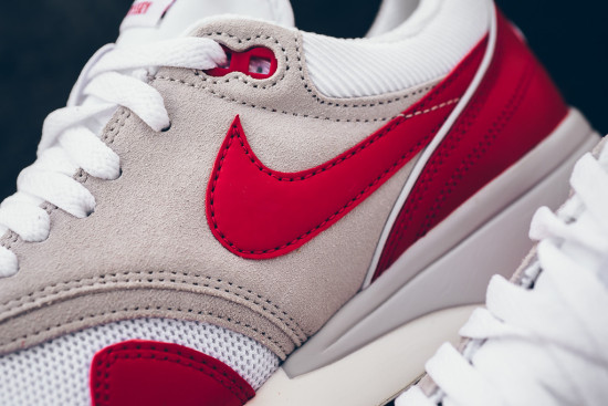nike-air-odyssey-white-university-red-2