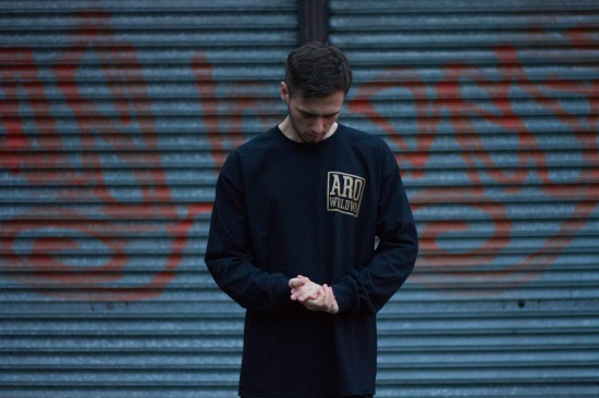 black_gold_longsleeve2