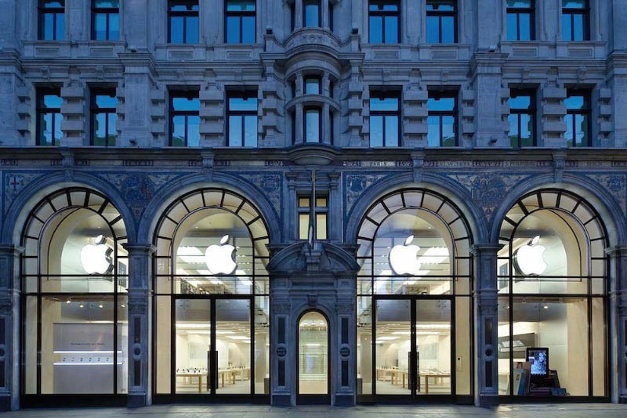 apples-slick-new-london-flagship-1