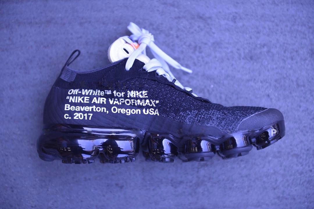 http-hypebeast.comimage201705off-white-nike-air-vapormax-closer-look-2