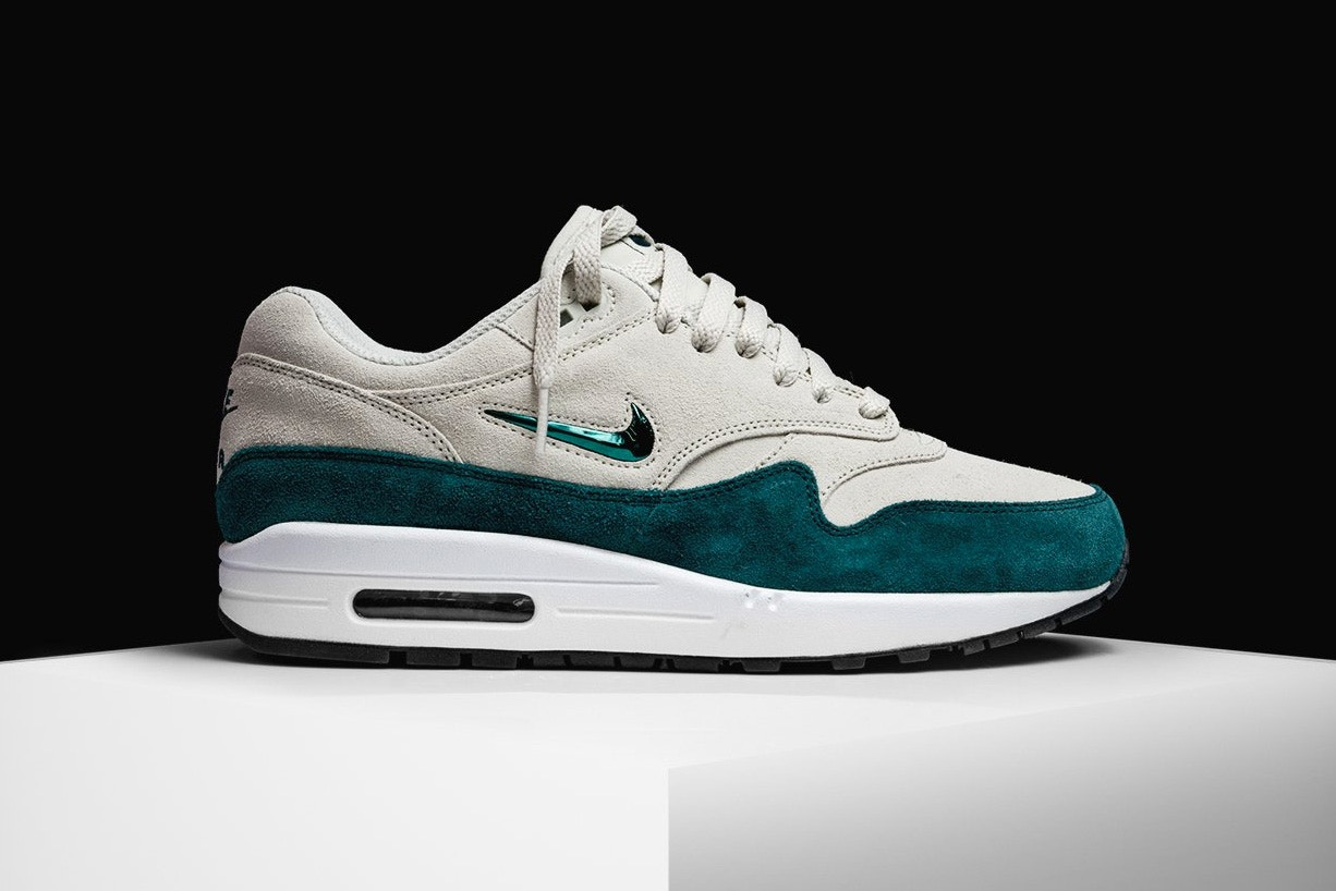 Nike's Air Max 1 Jewel Gets an Emerald Upgrade Trapped