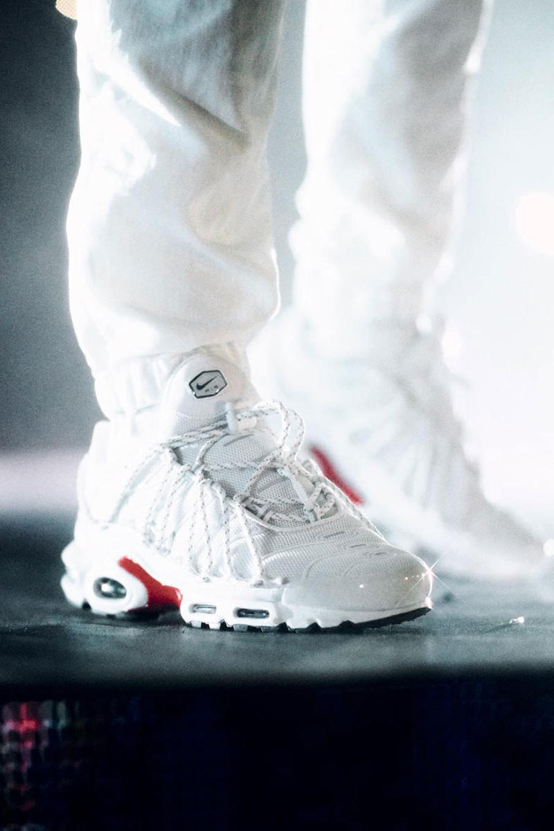 b3707bea0e99 Drake Rocks Another Bespoke Pair Of Nike TNs - Trapped Magazine